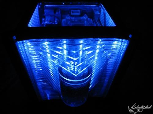 case-blue-crystal